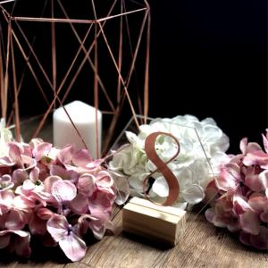 acrylic-hexagon-table-number--rose-gold