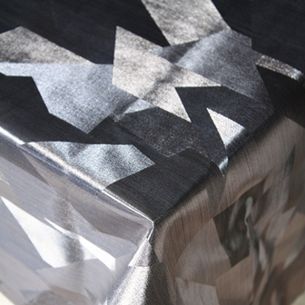 tablecloth-silver-blocks