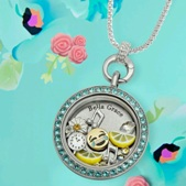 floating-locket-jewelry
