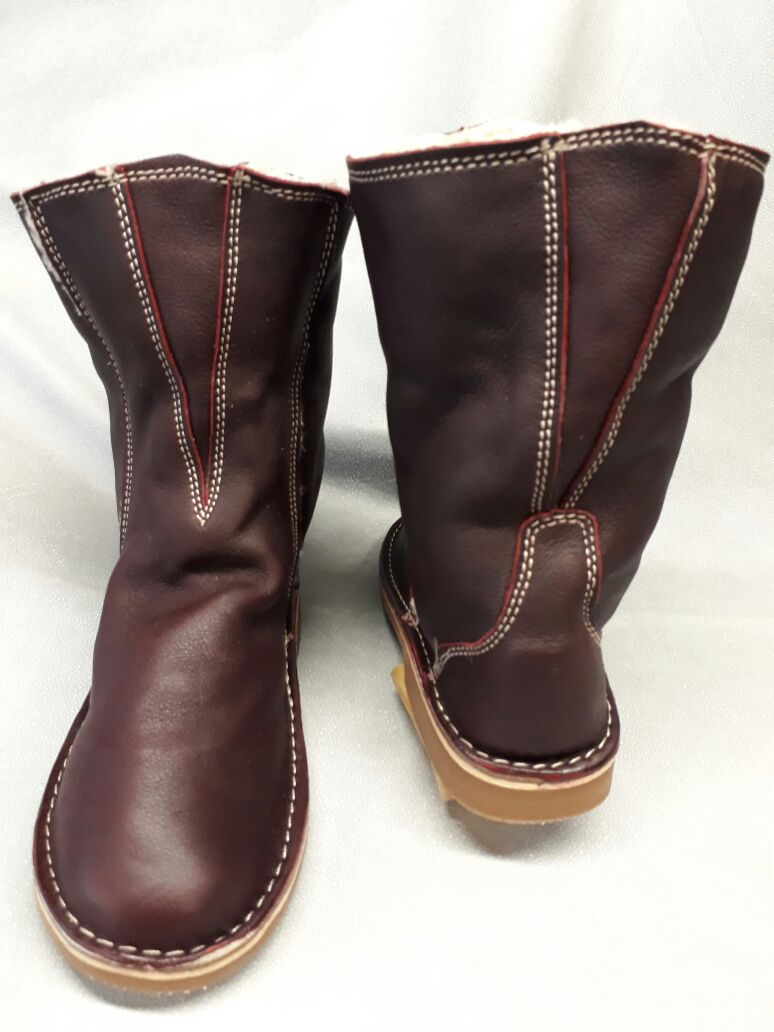 u38-ugg-boot-v-shape--shortmaroon